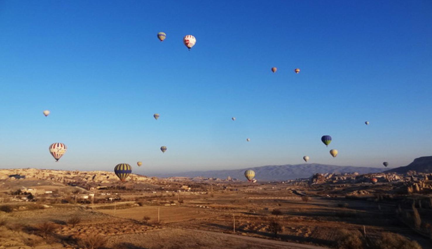 Por aire y tierra en la Capadocia | Turquía