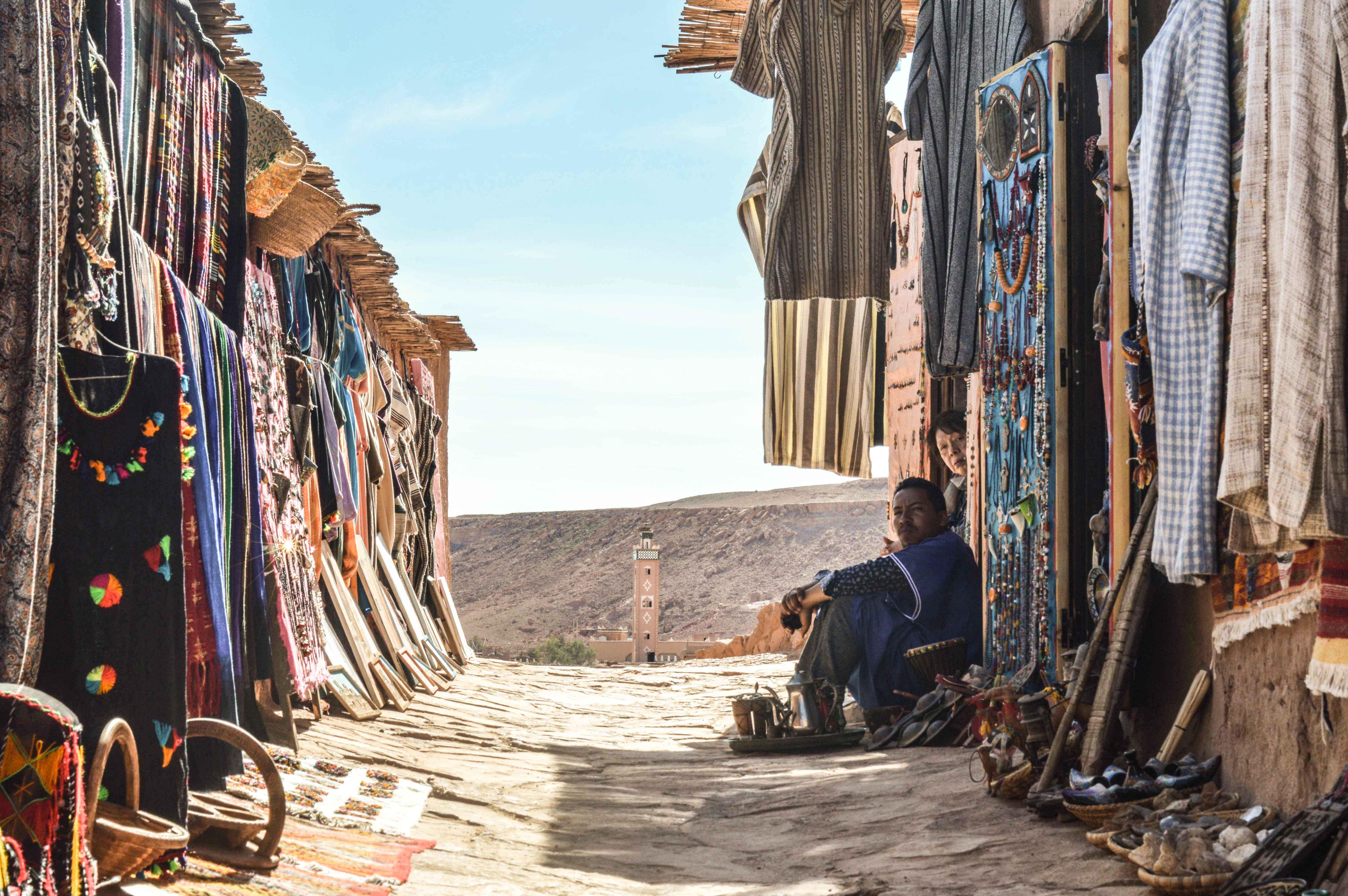 10 Ciudades 10 Arquitectos | Capítulo 04: Sol y Sombra en Marrakesh